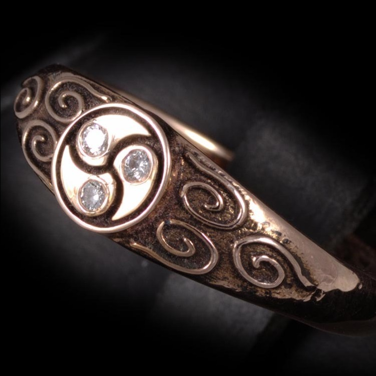Antiqued Rose Gold Triskellion Ring